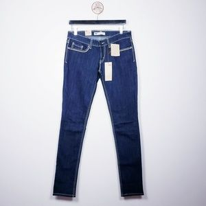 Levi's 524 too low rise skinny jean 7 Long NWT